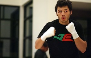Chavez-Jr-workout_120830_002a